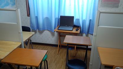 room001s.JPG